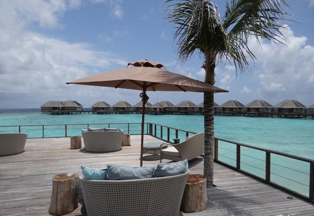 Youtube Maldives, Dusit Thani